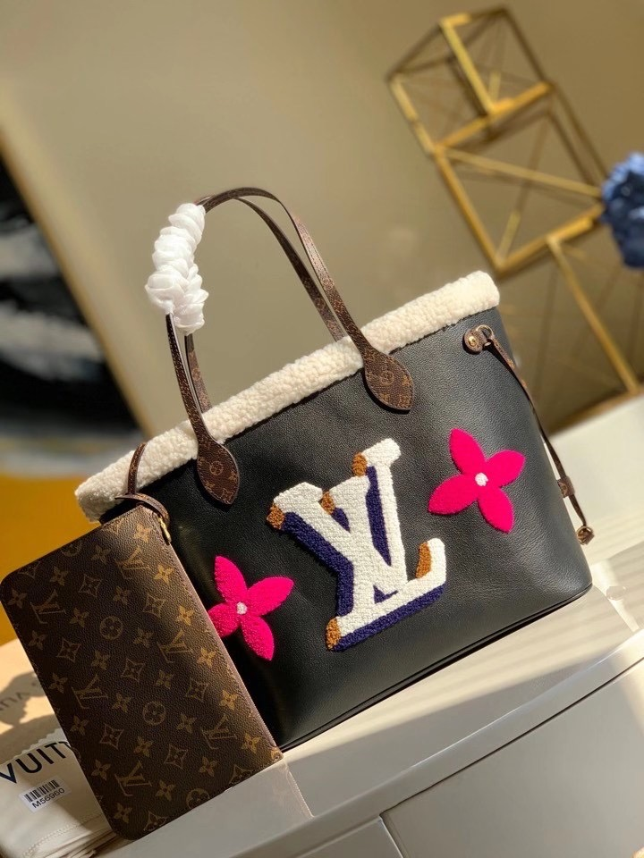 LOUIS VUITTON NEVERFULL BLACK TOTE MM M56960