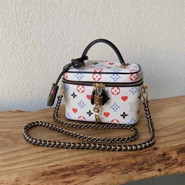 LOUIS VUITTON GAME ON VANITY PM M57458